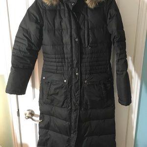 Superbe manteau long XS marque DKNY